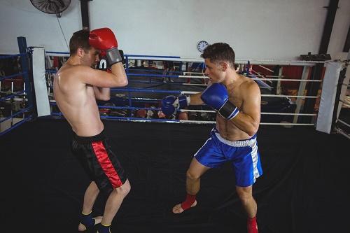L'importance de porter un protège dent de boxe